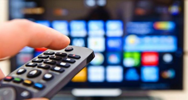 Azərbaycanda iki televiziyanın yayımı dayandırıldı, biri məhkəməyə verildi