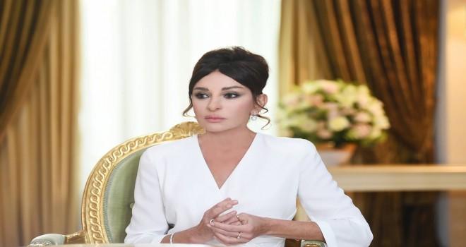 Mehriban Əliyeva: Bilirəm ki, bir çox soydaşımız bu günlərdə Bəhramın sağalması üçün dua edirlər.
