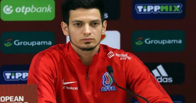 """Emil Balayev rəsmən """"Qarabağ""""da - FOTO"""