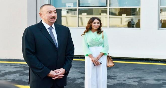 İlham Əliyev və Mehriban Əliyeva 3 saylı DOST mərkəzinin açılışını etdilər