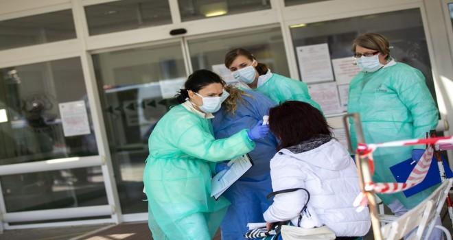 Macarıstanda koronavirusa yoluxanların sayı artdı