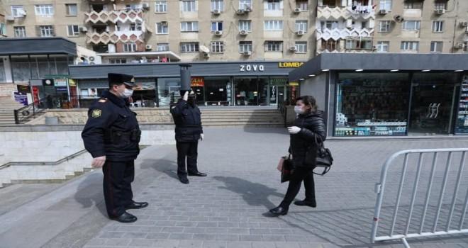 Bakıda polis xüsusi karantin rejimini pozanları aşkarlayır