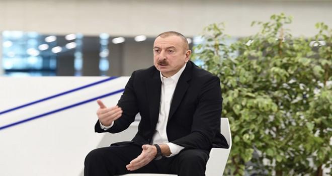 """""""Görüşlərdə məsafəyə riayət edirəm""""- İlham Əliyev"""
