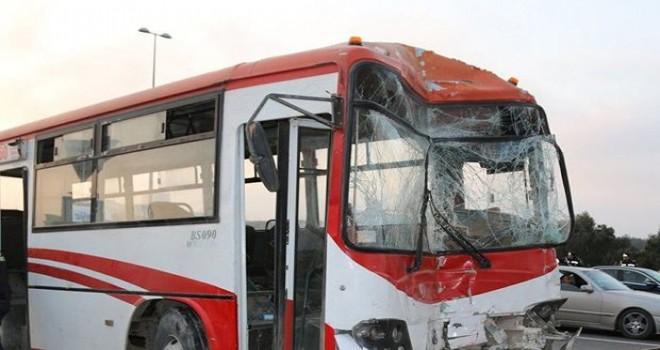 Bakıda iki avtobus toqquşdu: Ölən var - VİDEO