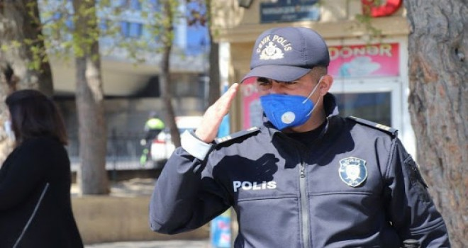 Sərt karantin rejimində fəaliyyətinə icazə verilən sahələr açıqlandı - SİYAHI