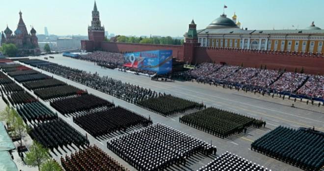 Hərbçilərimiz bu gün Moskvadakı paradda iştirak edəcək