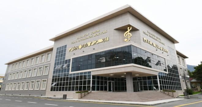 Prezident Balakən şəhər Uşaq İncəsənət Məktəbinin yeni binasının açılışında olub