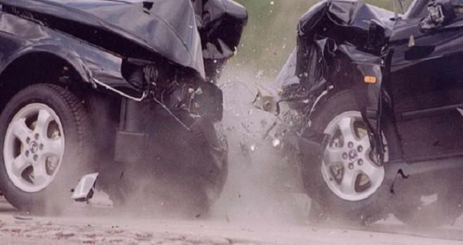 Beyləqanda iki minik avtomobili toqquşdu - Ölən var