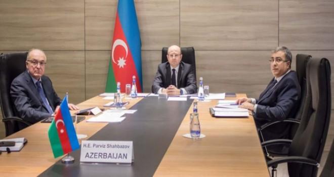 Hələ də davam edən OPEC+ danışıqları: Azərbaycan hasilatı rekord həcmdə azaldır