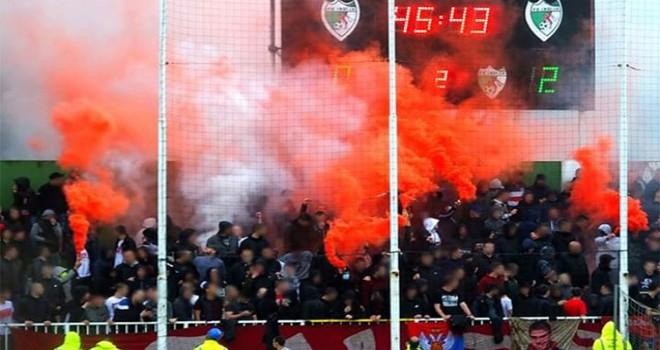 Azarkeşlər stadiona buraxıldı.
